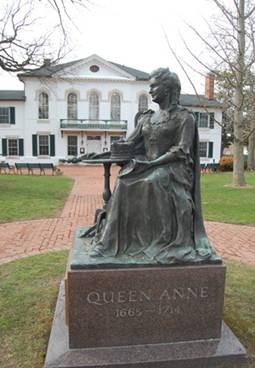 Statue of Queen Anne in Maryland